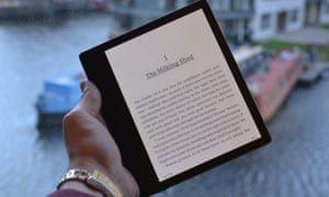 Amazon tour De Lit Frais Amazon Kindle Oasis 2017 Review the Rolls Royce Of E Readers