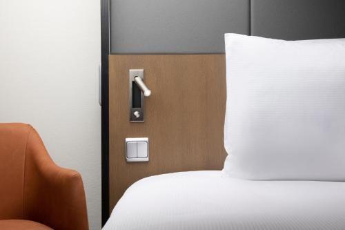 Comment Arrive Les Punaises De Lit Beau ОтеРь Hilton Prague Hotel 5 Прага Бронирование отзывы фото