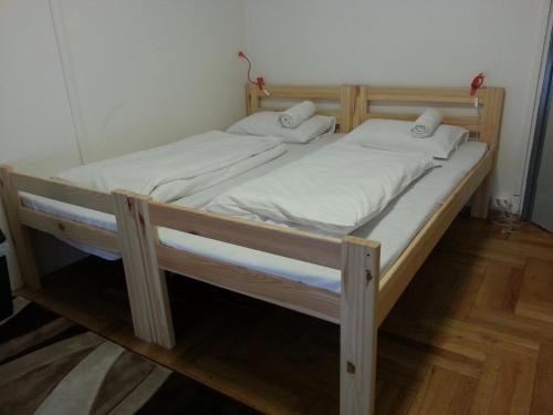 Comment Arrive Les Punaises De Lit Fraîche ХостеРWalking Bed Budapest Hostel Будапешт Бронирование отзывы