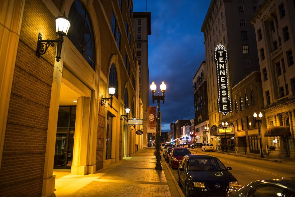 Drap Lit 2 Places Nouveau Gay Bars In Knoxville Tennessee