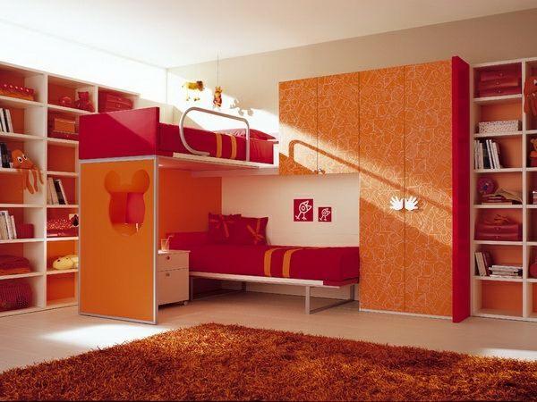 Razporeditev pogradi v otroški sobi