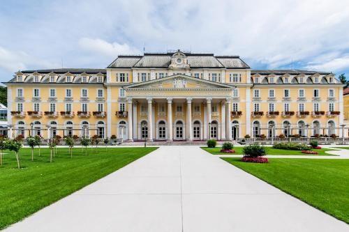 Grand Lit Bebe Fraîche ОтеРь Grand Hotel RogaÅ¡ka Premium 4 Рогашка СРатина Бронирование