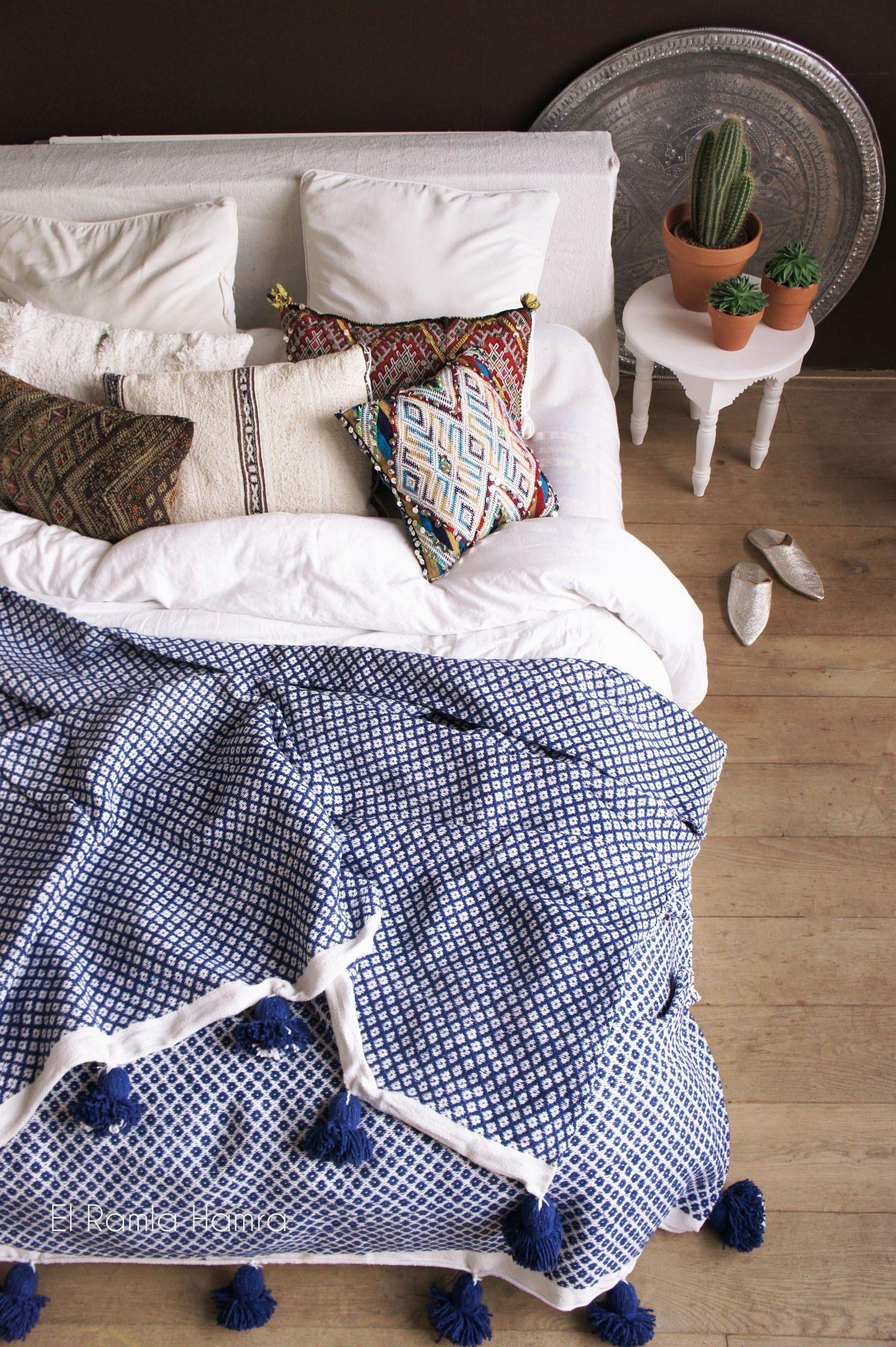 Linge De Lit Coton Frais Gorgeous Handmade Kings Blue Cotton Pom Pom Blanket