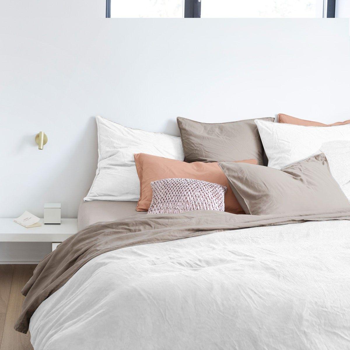 linge de lit yves delorme destockage nouveau parure de lit. Black Bedroom Furniture Sets. Home Design Ideas