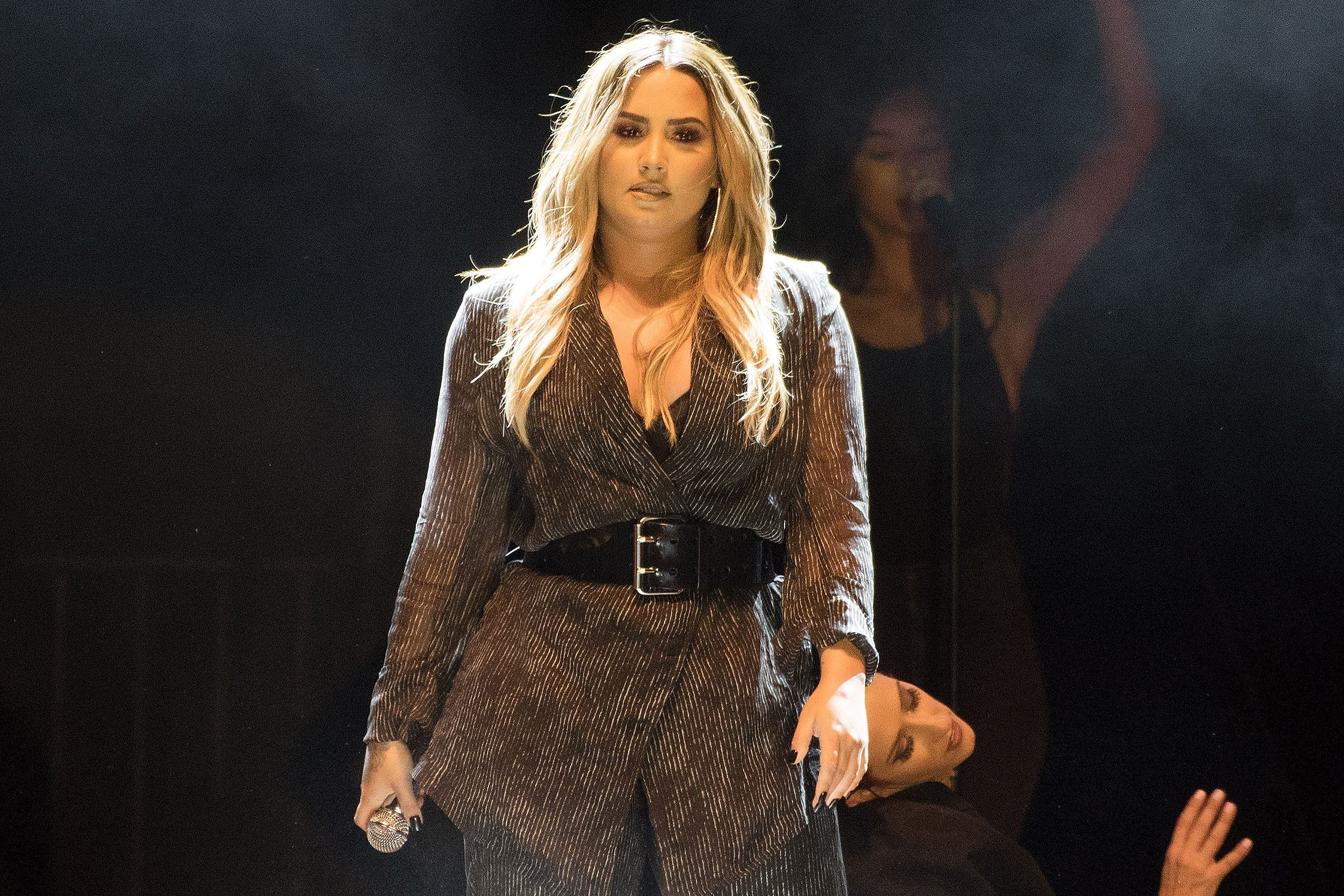 Lit 1 Place Et Demi Frais Demi Lovato Overdose Everything We Know — and What S Next