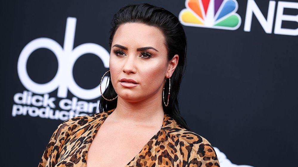 Lit 1 Place Et Demi Inspirant Demi Lovato Overdoses Hospitalized – Variety