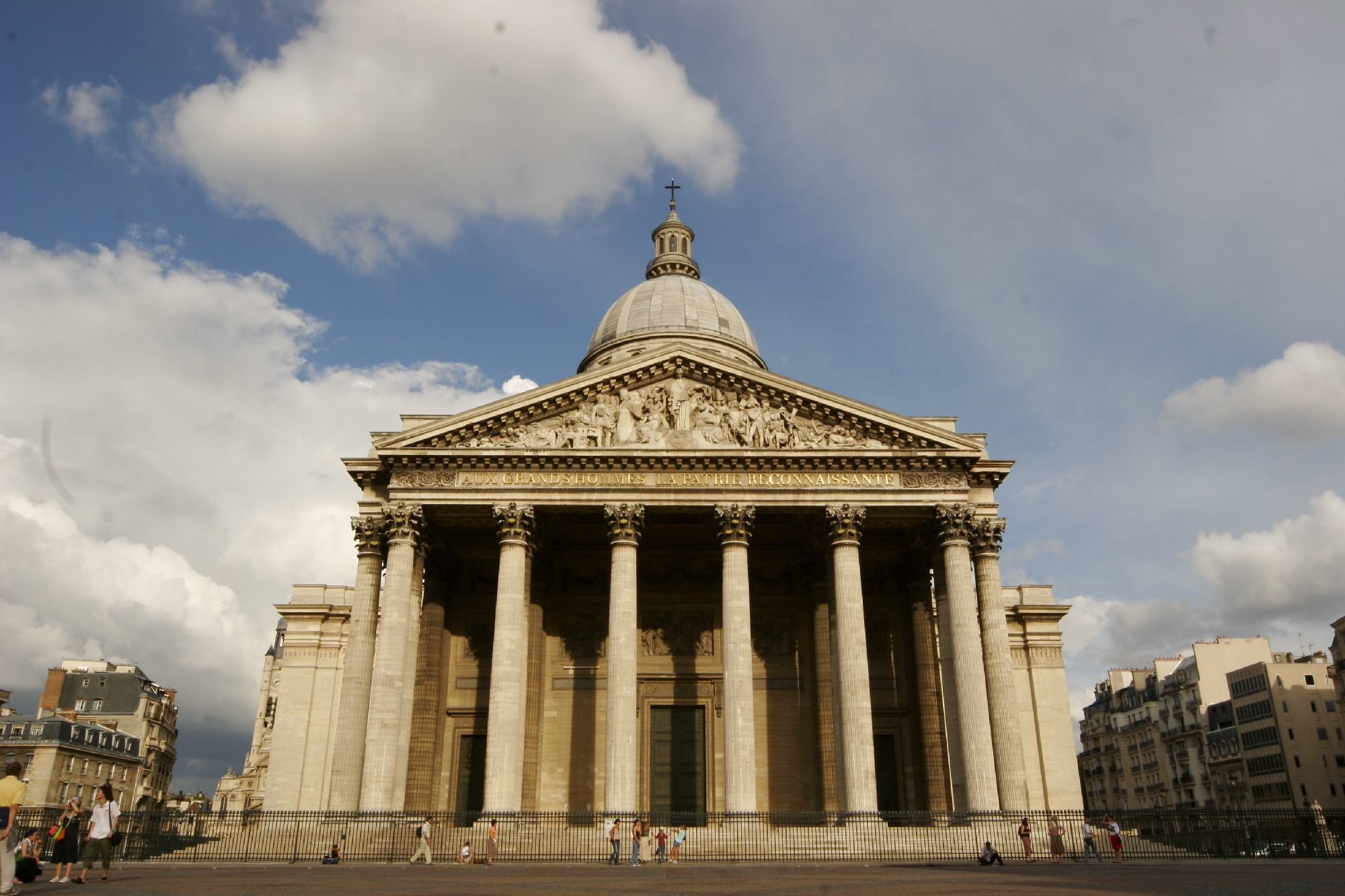 Lit 2 Places Bois Impressionnant 101 Best Things to Do In Paris
