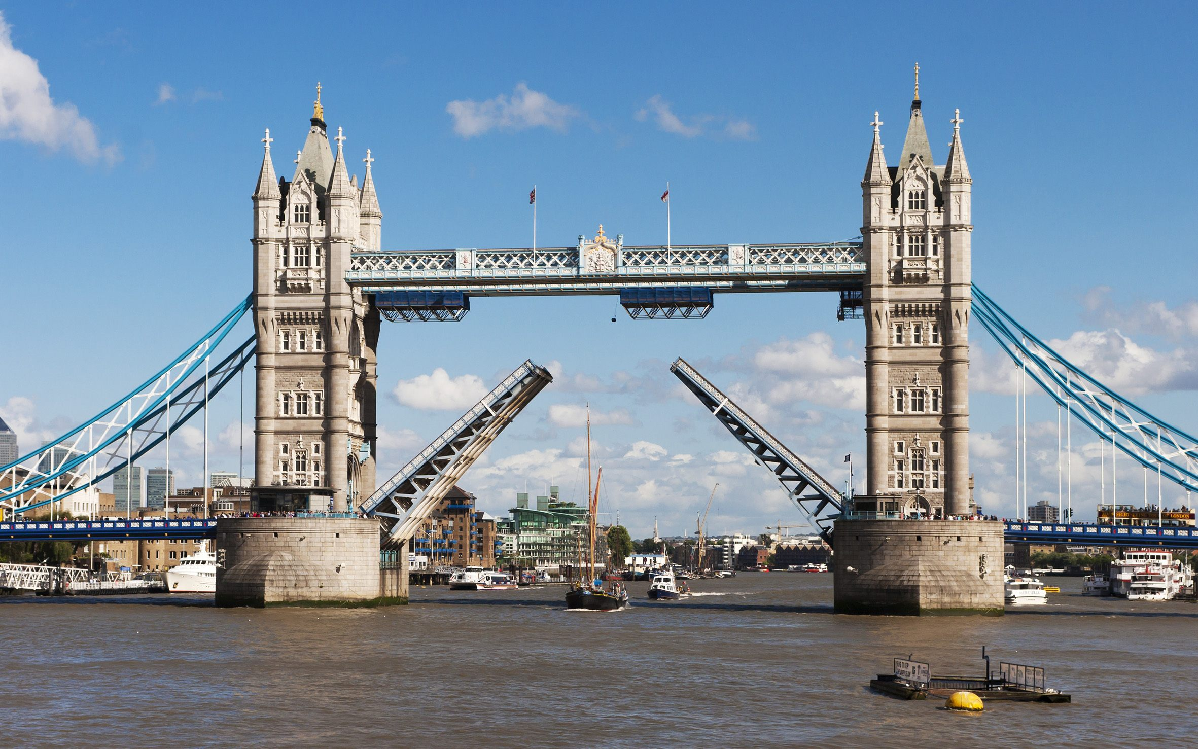 Lit 2 Places Moderne Douce 101 Amazing Things to Do In London – Your Ultimate Guide to London
