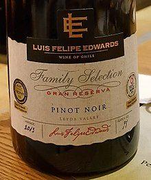 Lit 2 Places Noir Charmant Pinot Noir