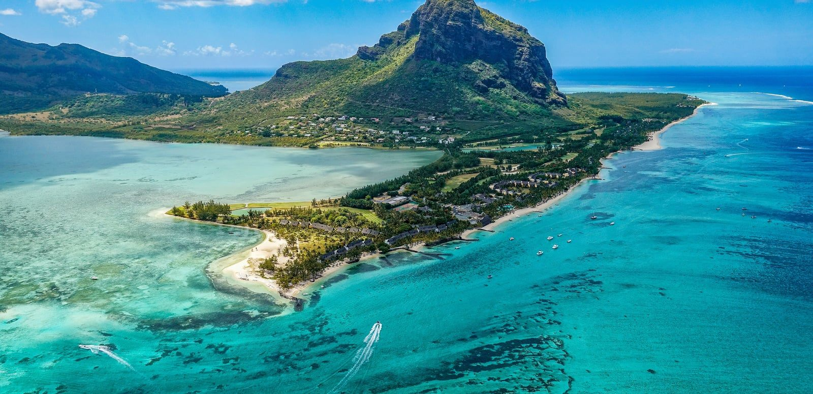 Lit 2 Places Noir Magnifique 101 Best Places to Visit In Mauritius