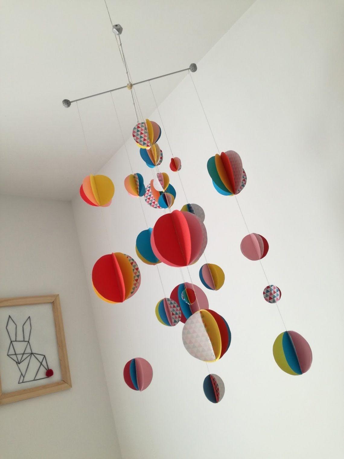 Lit Au sol Bébé Montessori Agréable Mobile Pour Bébé — Mikea Galerie