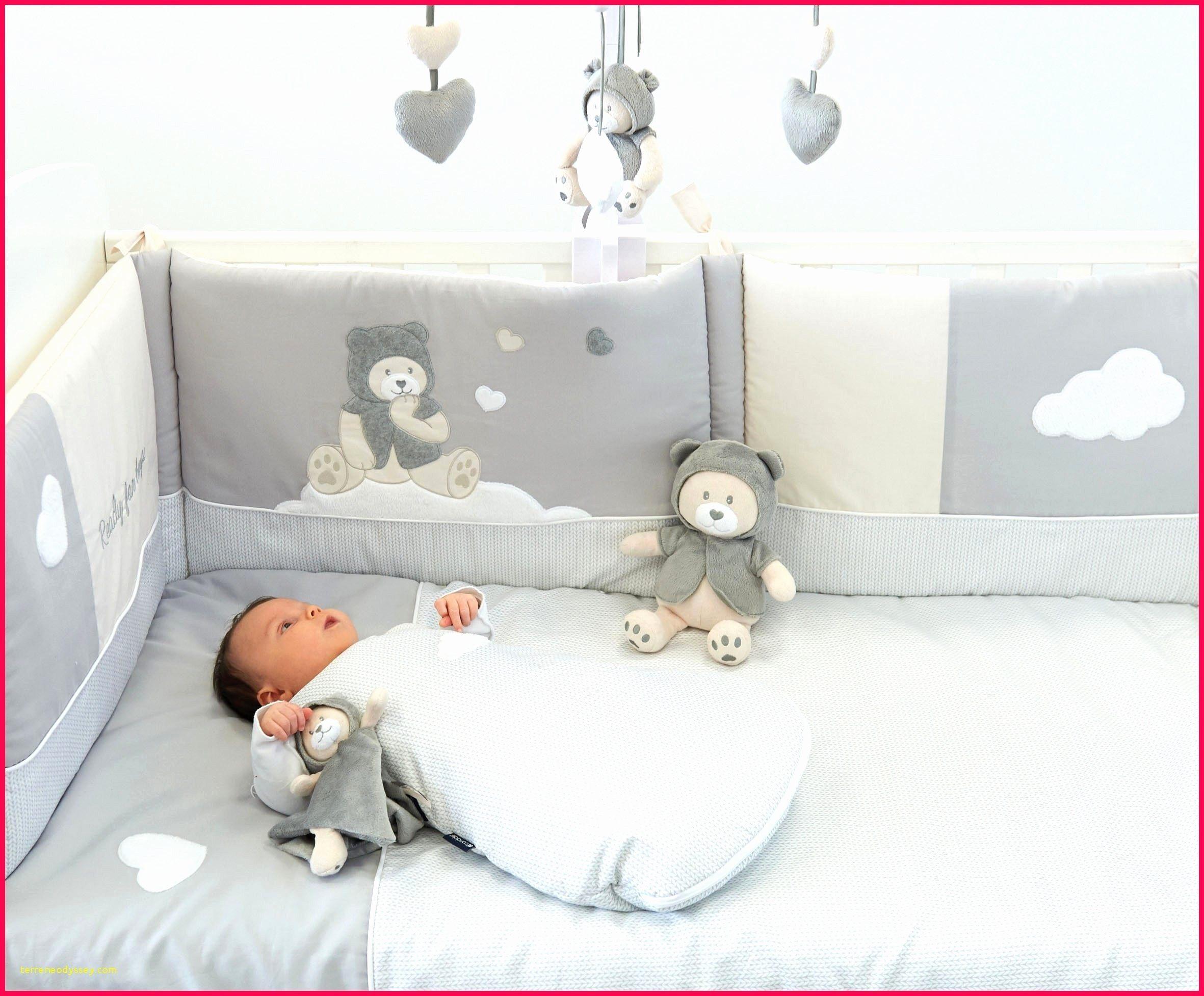 Lit Bebe Evolutif Blanc De Luxe Lit Evolutif Avec Matelas Impressionnant Lit Bebe Evolutif Avec