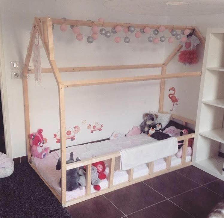 lit cabane montessori pas cher agr able lit bas montessori. Black Bedroom Furniture Sets. Home Design Ideas