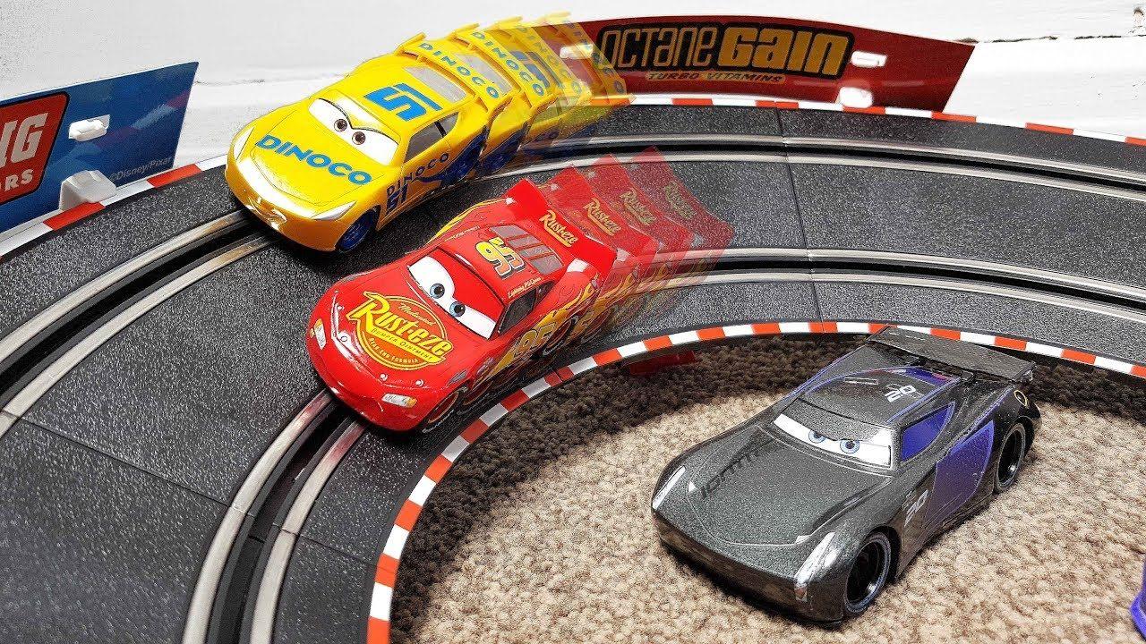 Disney Cars 3 Toys Carrera Go Racing Circuit Set Lightning Mcqueen