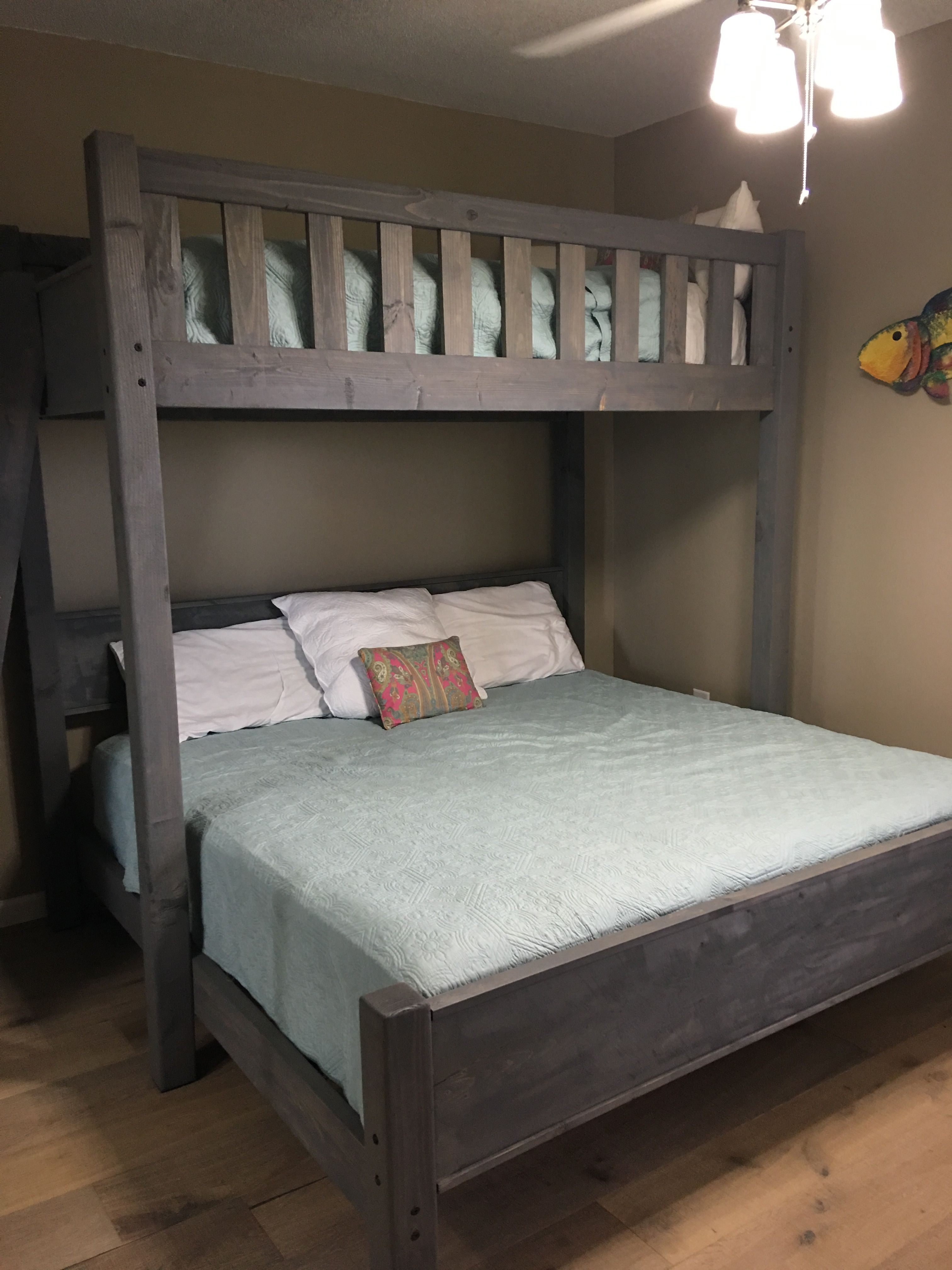 Lit Chambre Enfant Élégant Custom Bunk Bed In Twin Over King or Twin Over Queen at