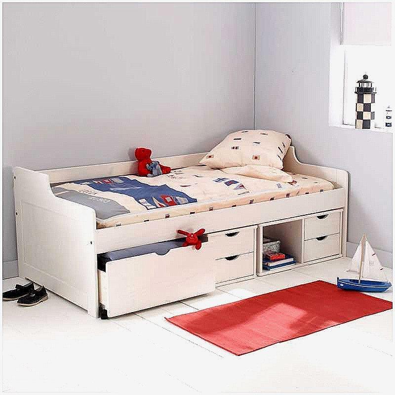 lit d enfant de luxe literie bebe pas cher ciel de lit. Black Bedroom Furniture Sets. Home Design Ideas