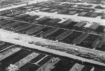Lit De Camp 2 Places Impressionnant Majdanek Concentration Camp