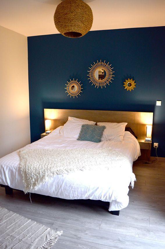 Lit En Bois Blanc Douce Chambre Parent Bleu Tete De Lit Miroir soleil Accumulation Miroir