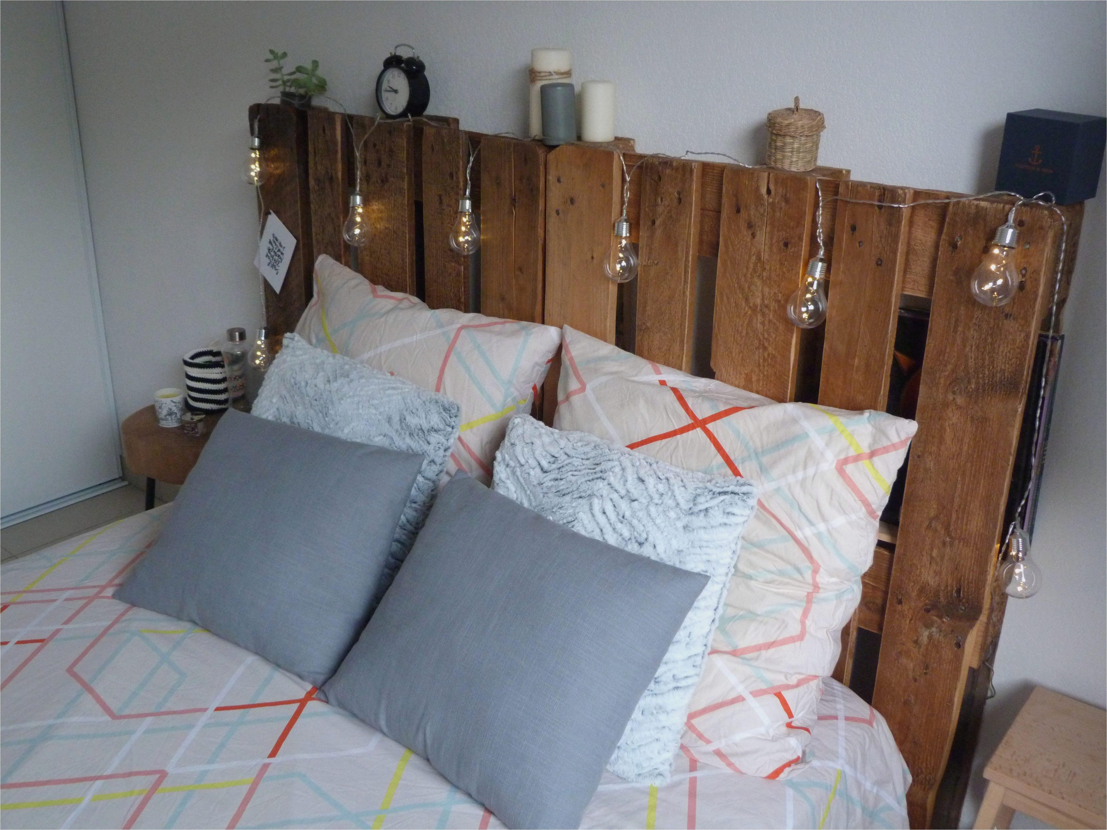 Lit En Palette De Bois Avec Lumiere Génial Lit Sur Palette Chambre