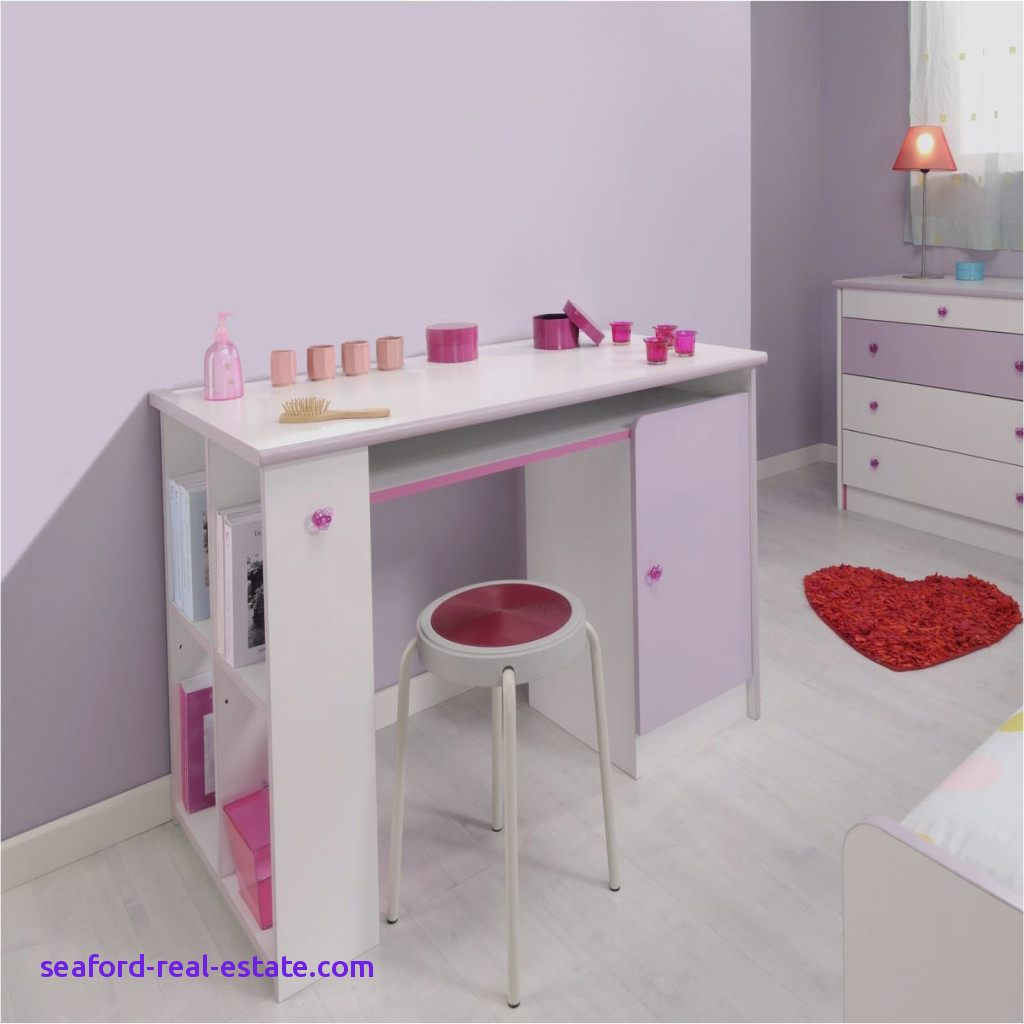 lit enfant avec bureau belle lit enfant au sol avec chaise. Black Bedroom Furniture Sets. Home Design Ideas
