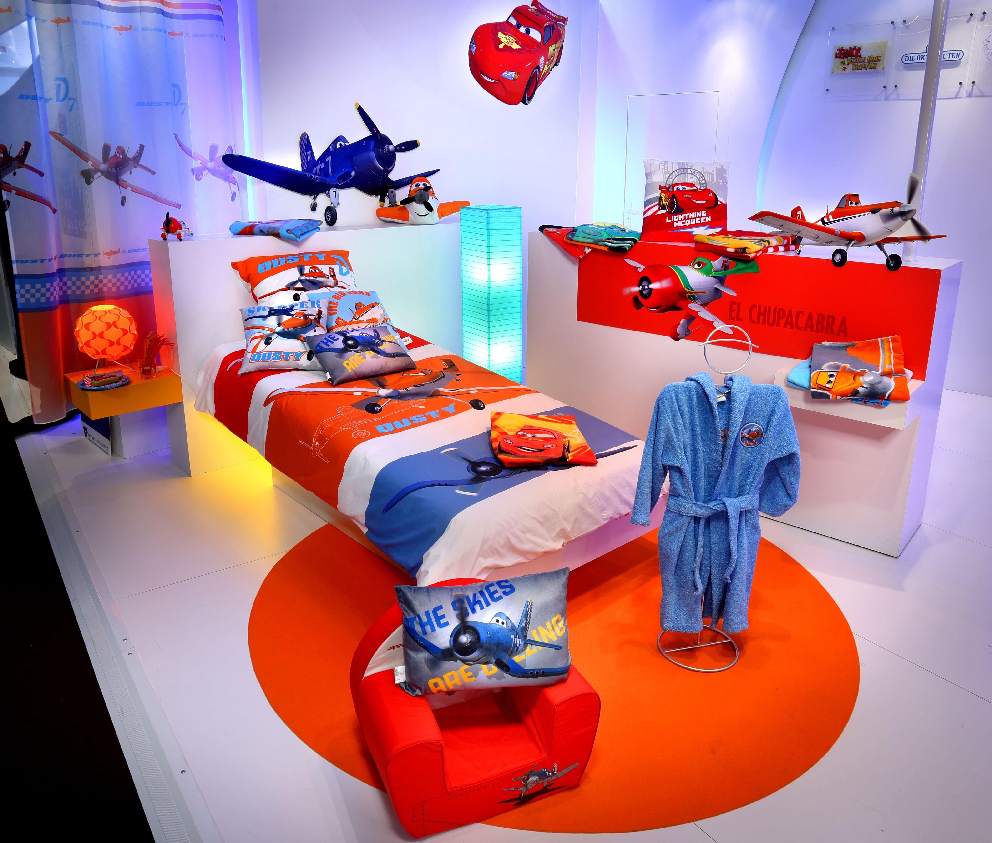 Lit Enfant Disney Beau Univers Cars Planes Dusty Red Rouge Disney Children Bed