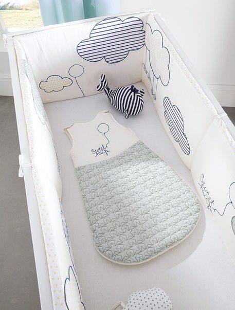 Tour de lit bébé imprimé th¨me envole moi BLEU CLAIR vertbaudet