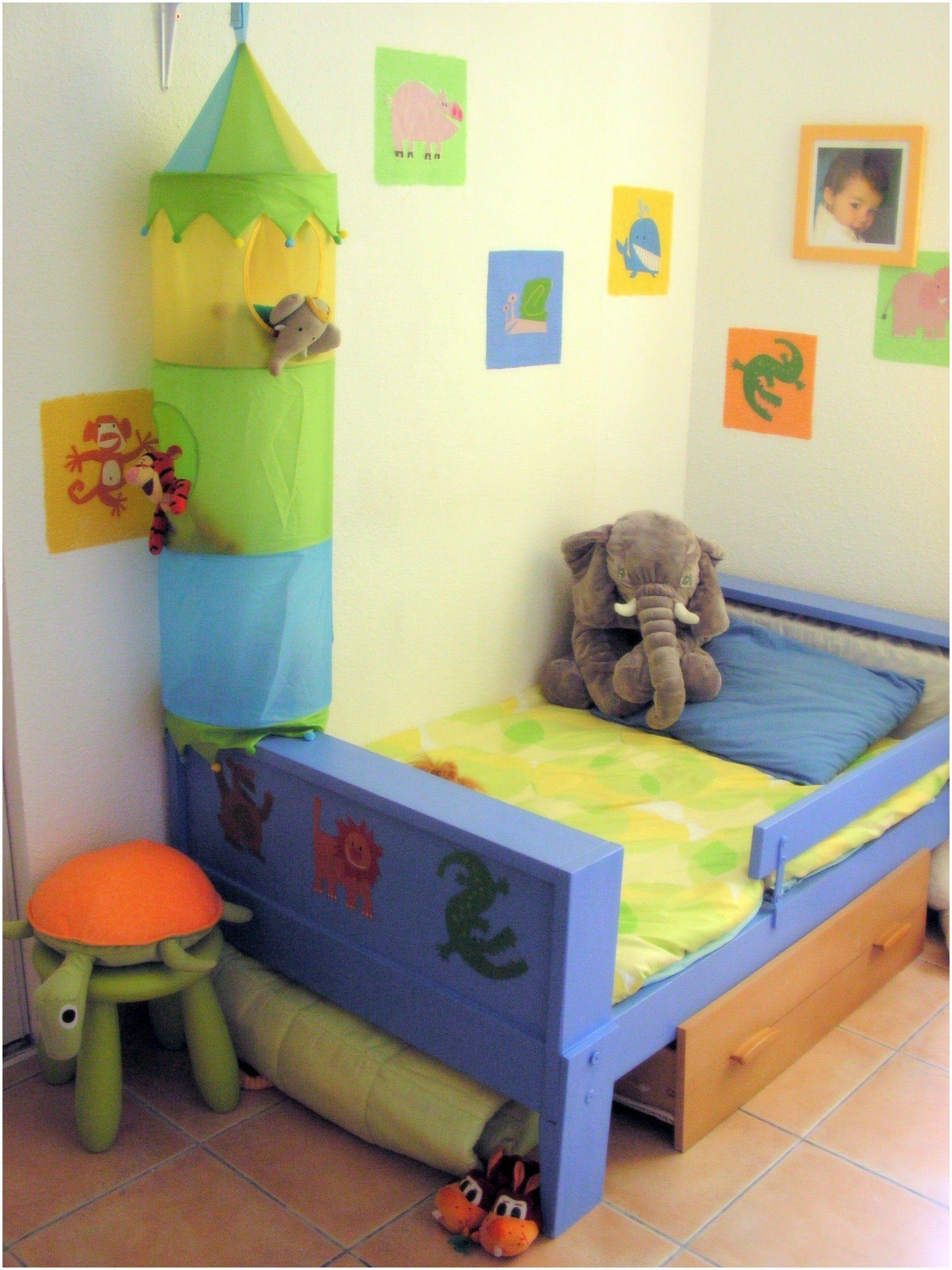 Lit Garcon 2 Ans Douce Enchantant Chambre Enfant 2 Ans Et 10 Beau Chambre Garcon Deco