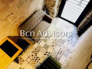 Lit Mezzanine Double Magnifique Long Term Rentals with Lowest Price In Barcelona Flats and