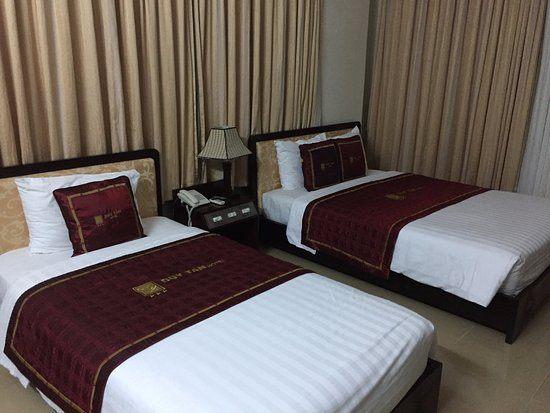Lit Parapluie 2 Niveaux De Couchage Luxe Duy Tan 2 Hotel Hué Vietnam Voir 17 Avis Et 43 Photos