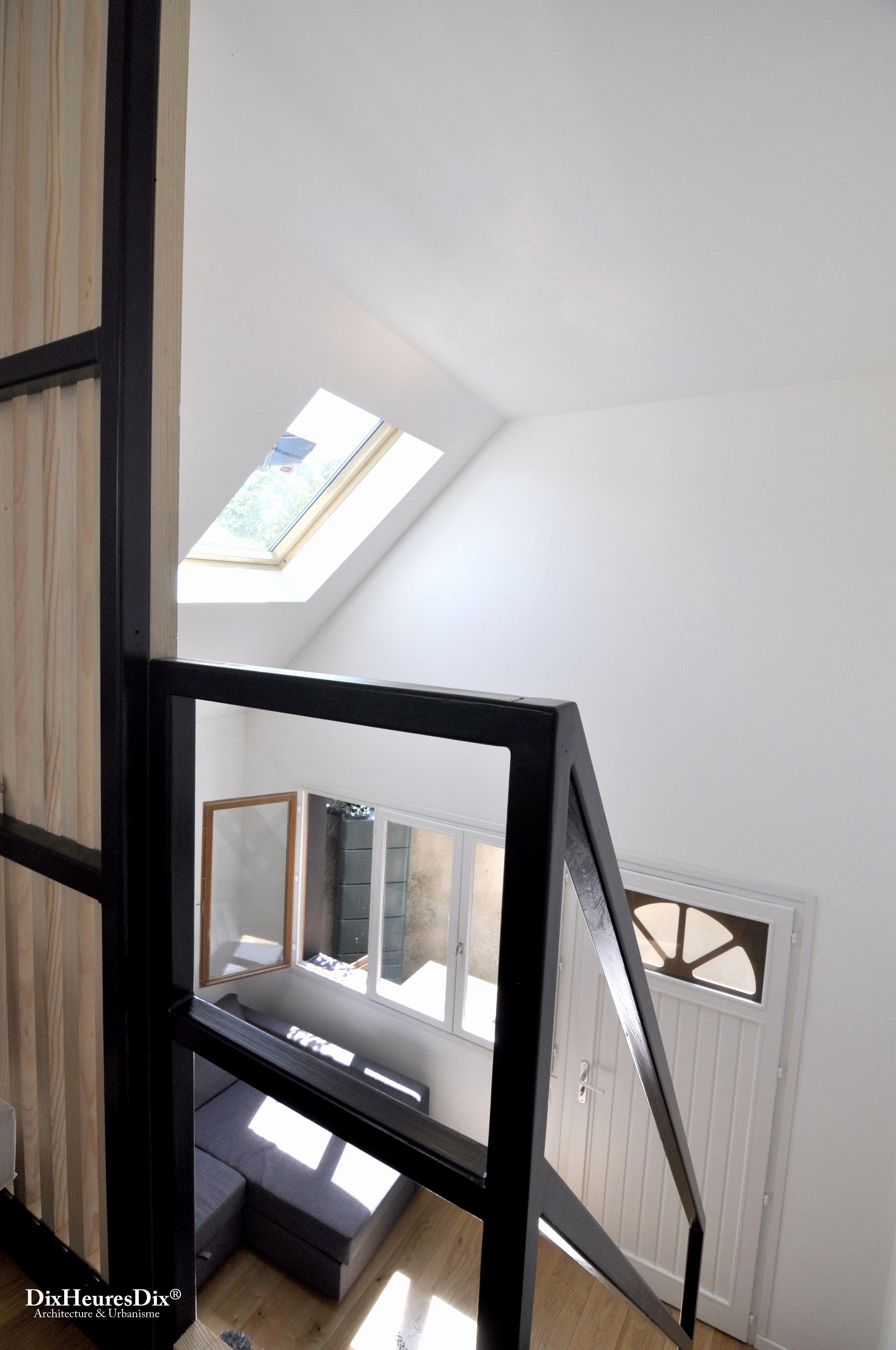 Lit Superposé 3 étages Luxe Frais Piscine Intérieure Maison