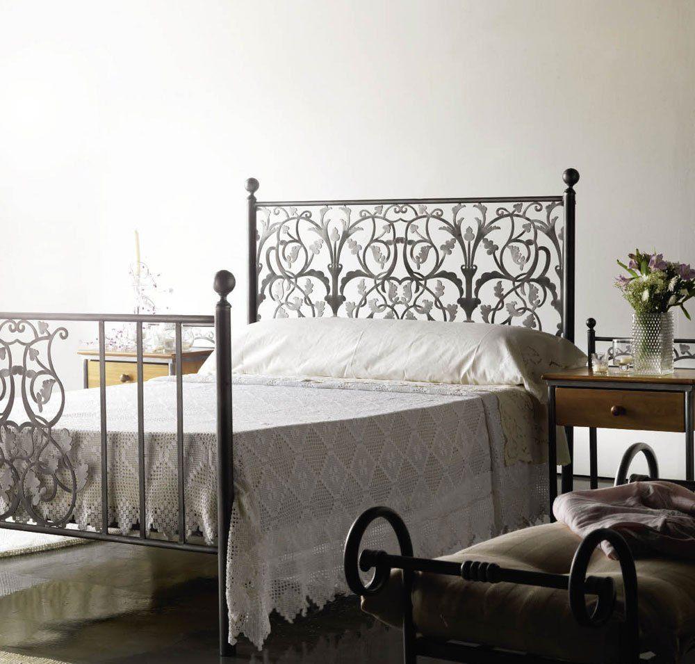 lit superpos en fer douce lit fer forg l gant lit. Black Bedroom Furniture Sets. Home Design Ideas
