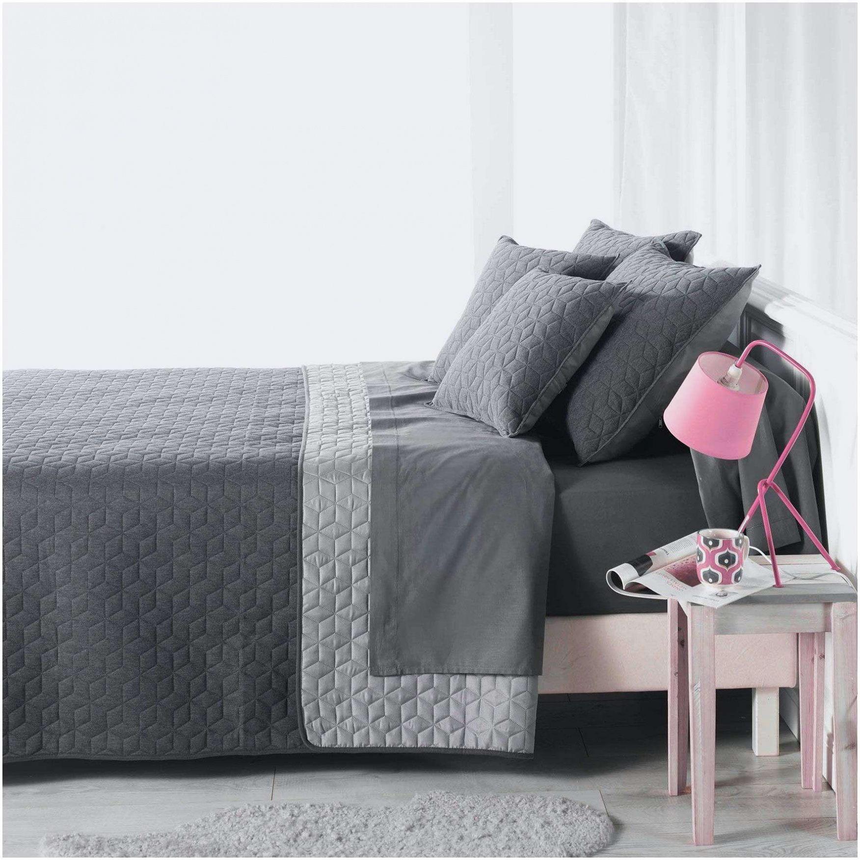 parure de lit bleu canard luxe beau couvre lit moderne. Black Bedroom Furniture Sets. Home Design Ideas