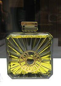 Parure De Lit Louis Vuitton Le Luxe Guerlain — Википедия