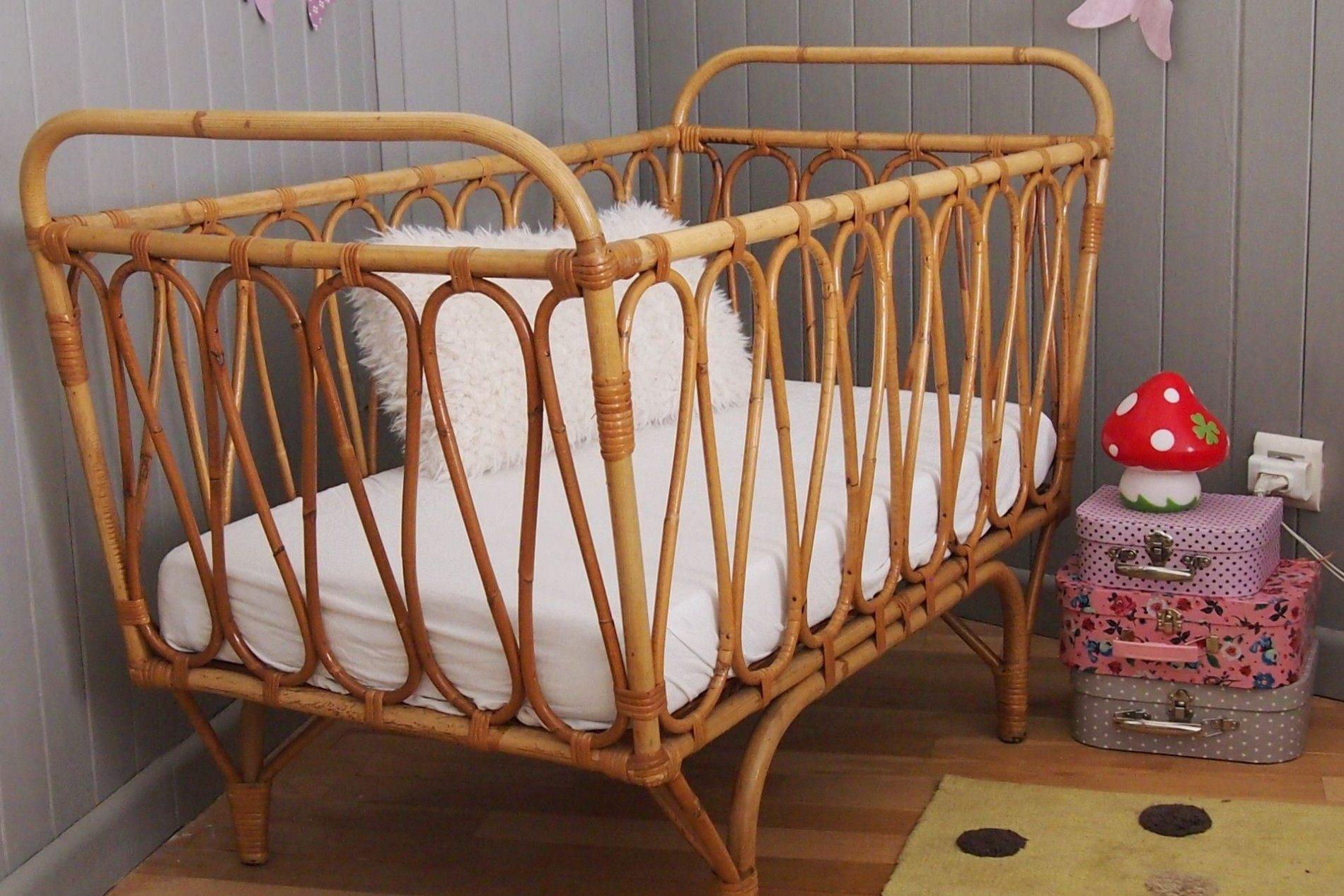 Petit Lit Enfant Nouveau Lesmeubles Petit Lit Bébé Rotin Année 50 Chambre D Enfant De Bébé