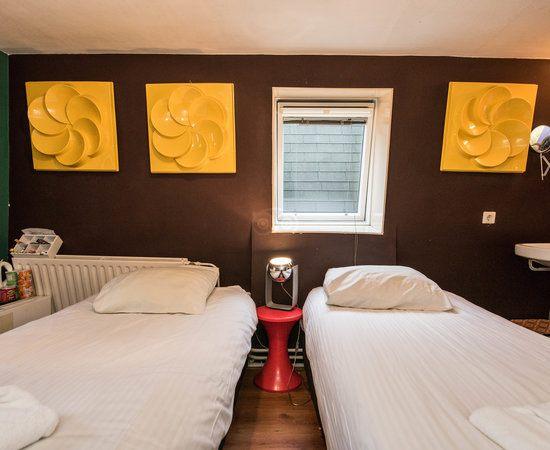 super hotel mais attention punaises des lits Avis de voyageurs