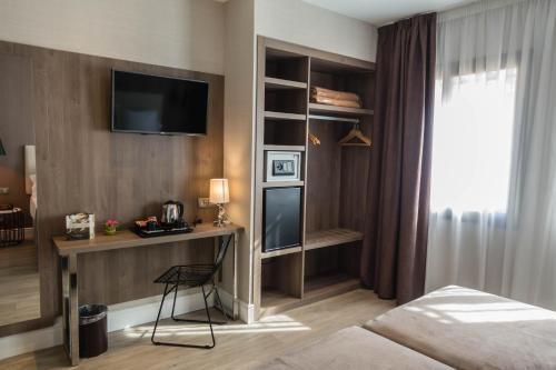 ОтеРь Hotel Oasis 2 БарсеРона Бронирование отзывы фото