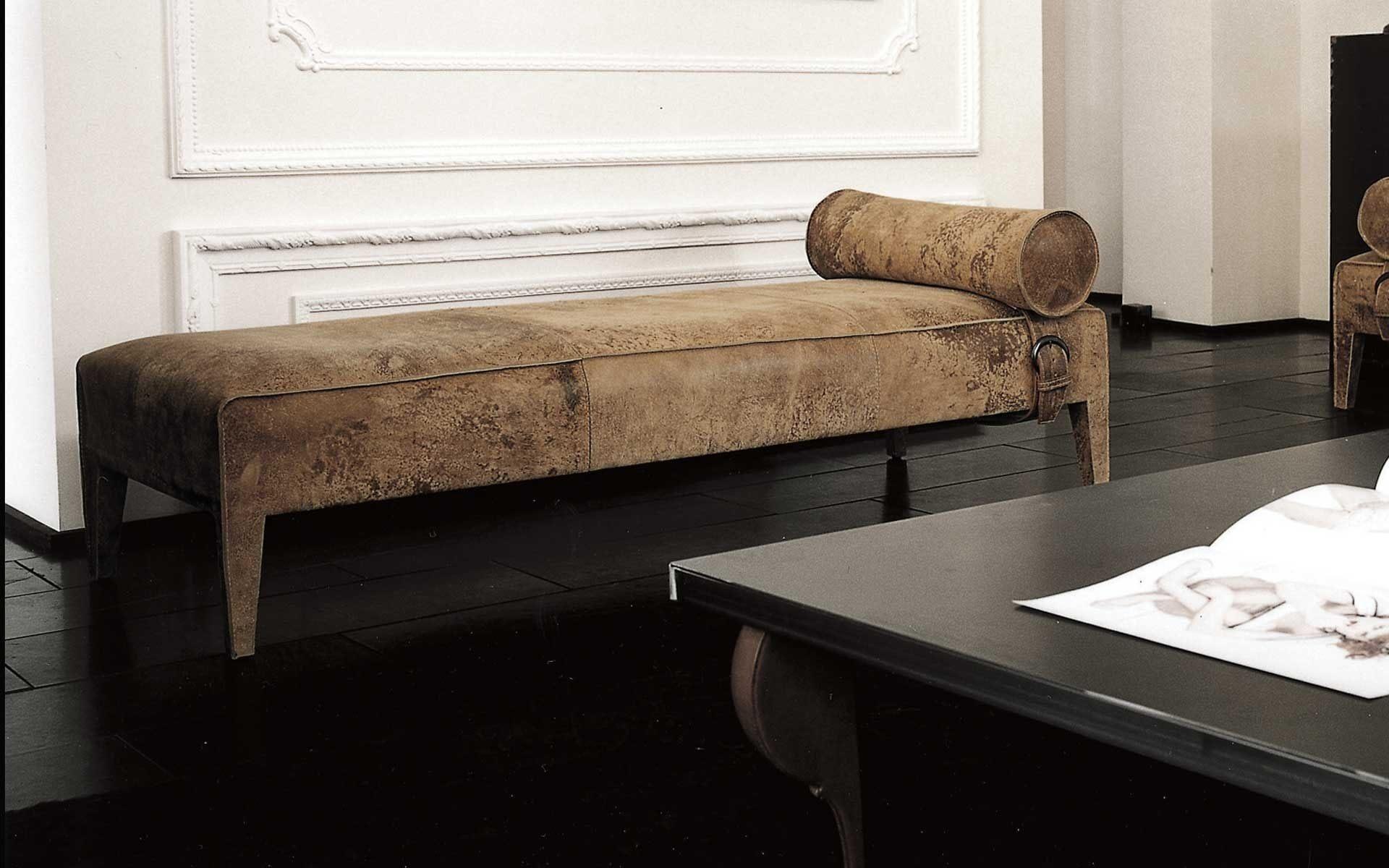 Tete De Lit Cannage Joli Juste Chaise Longue En Cuir Avec Chaise De Bureau En Cuir Tete De