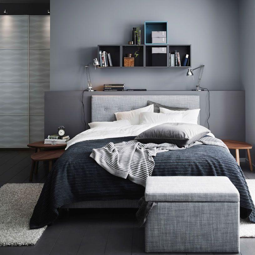 Chambre  coucher grise avec divan …RVIKSAND gris couvre lit