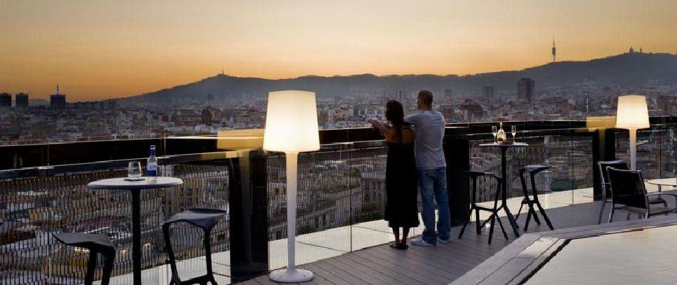 Tour De Lit 360 Impressionnant Best Bars In Barcelona — Best Bars Europe