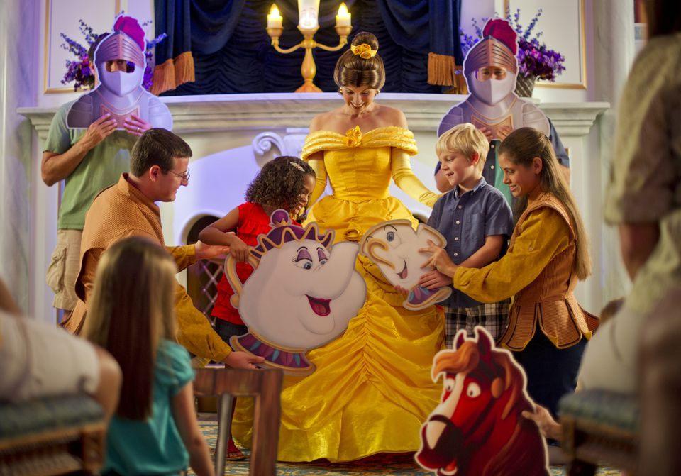 Tour De Lit Avis Douce Review Of Disney World S Enchanted Tales With Belle