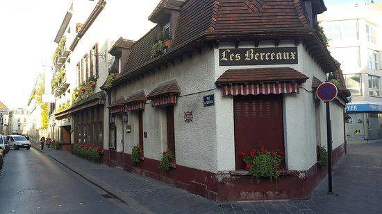 Tour De Lit Berceau Inspirant Les Berceaux Hotel épernay France Voir Les Tarifs 51 Avis Et 25