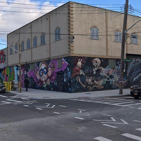 Tour De Lit Dumbo Magnifique Bushwick Collective Street Art Brooklyn 2019 All You Need to