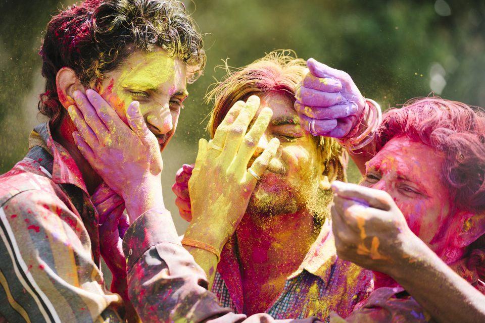 Tour De Lit Fait Main Belle Holi 2019 Essential Guide to the Holi Festival In India