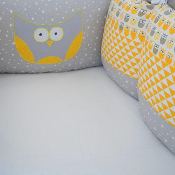 Tour de lit gigoteuse 0 6 mois hibou jaune gris et étoiles