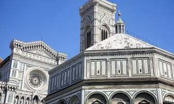 Tour De Lit Liberty Joli tours and Admission Tickets In Florence