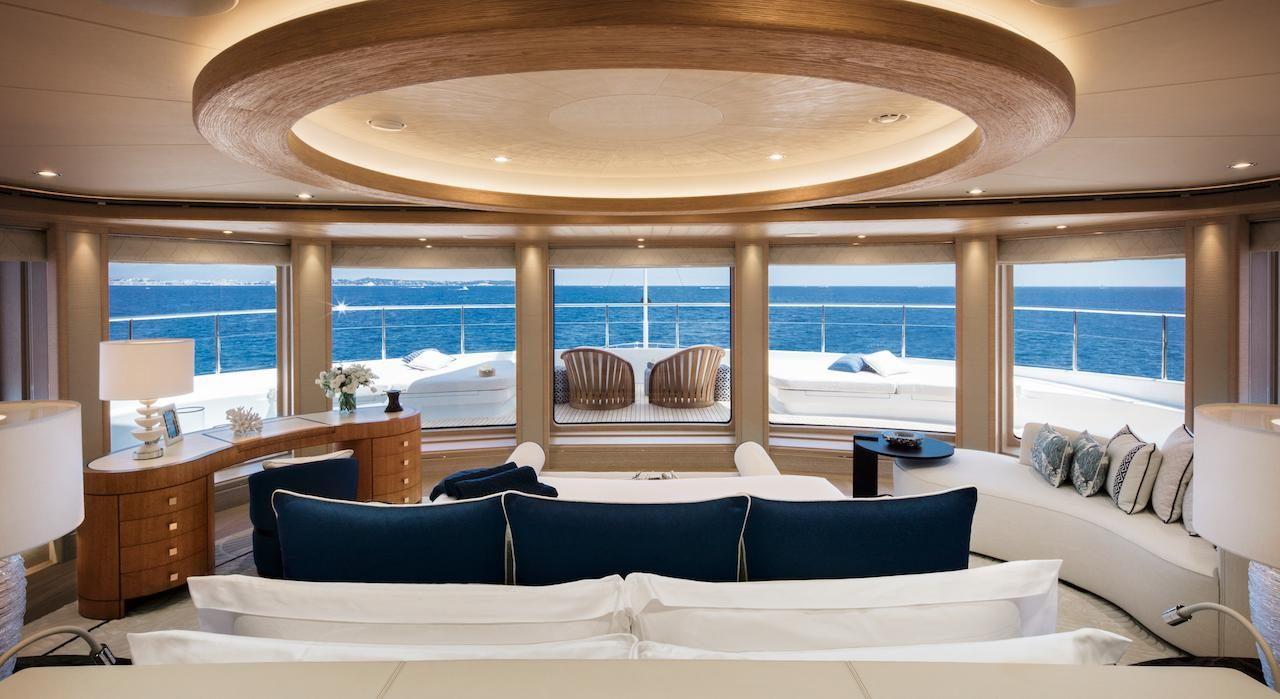 Tour De Lit Marin Agréable the Interior Design the 243 Foot Long Superyacht Cloud 9 Steals