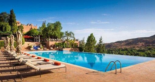 Tour De Lit Turquoise Charmant Morocco Luxury Hotel Kasbah Tamadot