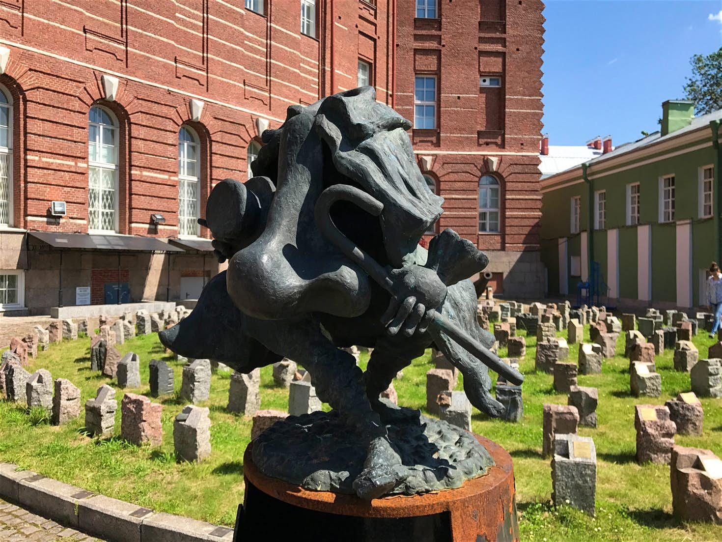 Tour De Lit Uni De Luxe A Literary tour Of Russia Lonely Planet