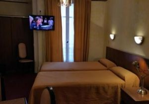Comment Faire Tenir Une Tete De Lit Joli ОтеРь Hotel Luxia 2 Париж Бронирование отзывы фото — Туристер Ру